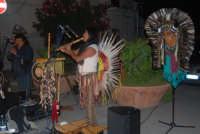 Cous Cous Fest 2007 - Expo Village - itinerario alla scoperta dell'artigianato, del turismo, dell'agroalimentare siciliano e dei Paesi del Mediterraneo: musica etnica - 28 settembre 2007    - San vito lo capo (910 clic)
