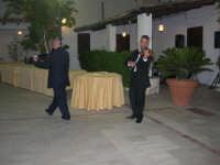 violinisti Giuseppe Di Giovanni e Giovanni Pitò (alcamesi)- concerto al Baglio Abbate - 12 settembre 2008  - Balestrate (2449 clic)