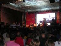 Cous Cous Fest 2007 - palco in piazza Santuario: Talk Food con al centro lo chef Gianfranco Vissani, presenta Sasà Salvaggio - 28 settembre 2007   - San vito lo capo (832 clic)