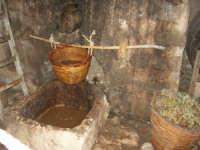 Il Presepe Vivente di Custonaci nella grotta preistorica di Scurati (grotta Mangiapane) (248) - 26 dicembre 2007   - Custonaci (2212 clic)