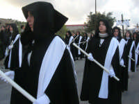 Processione della Via Crucis con gruppi statuari viventi - 5 aprile 2009   - Buseto palizzolo (2091 clic)