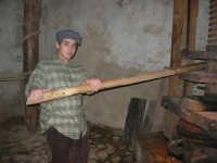 Il Presepe Vivente di Custonaci nella grotta preistorica di Scurati (grotta Mangiapane) (251) - 26 dicembre 2007   - Custonaci (2147 clic)