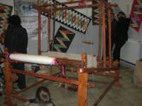 Cene di San Giuseppe - telaio e tappeti artigianali - 15 marzo 2009   - Salemi (2556 clic)