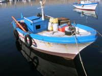 al porto: barche di pescatori - 25 aprile 2007  - Isola delle femmine (1213 clic)