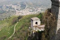 Torretta Pepoli e la città di Valderice - 1 maggio 2008   - Erice (917 clic)