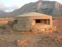 Golfo del Cofano: bunker (15) - 2 settembre 2007   - San vito lo capo (911 clic)