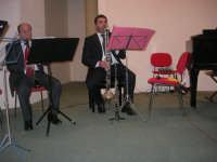 presso il Centro Congressi Marconi, il Concerto del Quintetto Caravaglios (maestri: Michele Lentini al flauto e Francesco Triolo al clarinetto) (10) - 28 dicembre 2007   - Alcamo (1167 clic)