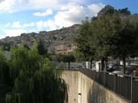 panorama dalla periferia - 9 novembre 2008  - Caltabellotta (962 clic)