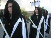 Processione della Via Crucis con gruppi statuari viventi - 5 aprile 2009   - Buseto palizzolo (2378 clic)