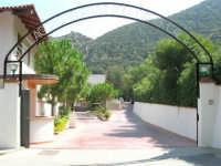 l'ingresso del Villaggio Turistico Capo Calavà - 23 luglio 2006   - Gioiosa marea (3295 clic)