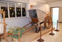Museo etno-antropologico presso l'Istituto Comprensivo A. Manzoni (3)- 20 dicembre 2007  - Buseto palizzolo (889 clic)