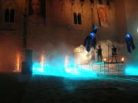 Festeggiamenti Maria SS. dei Miracoli - La Festa del Paradiso - L'Assalto al Castello - Piazza Castello - 20 giugno 2008   - Alcamo (536 clic)