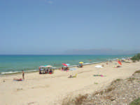 zona Magazzinazzi - domenica al mare - 6 luglio 2008   - Alcamo marina (649 clic)