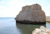 lo scoglio ed il mare - 25 aprile 2008   - Sciacca (1596 clic)