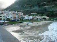 al porto - 4 febbraio 2007  - Castellammare del golfo (805 clic)