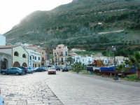 al porto - 4 febbraio 2007  - Castellammare del golfo (764 clic)
