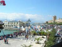 Vista sul porto, in occasione dell'America's Cup - 2 ottobre 2005  - Trapani (2286 clic)