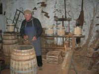 Il Presepe Vivente di Custonaci nella grotta preistorica di Scurati (grotta Mangiapane) (112) - 26 dicembre 2007   - Custonaci (979 clic)