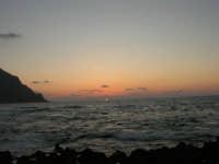 rapiti da un tramonto sul Golfo del Cofano (16) - 2 settembre 2007   - San vito lo capo (734 clic)