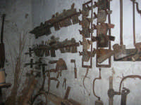 Il Presepe Vivente di Custonaci nella grotta preistorica di Scurati (grotta Mangiapane) (113) - 26 dicembre 2007   - Custonaci (826 clic)