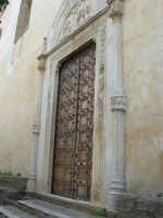 visita alla città - Chiesa del Collegio, sita in via Roma, adiacente all'ex Collegio dei Gesuiti - 25 aprile 2008   - Sciacca (1074 clic)