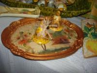 esposizione di oggetti dell'artigianato locale nei pressi del Presepe Vivente di Custonaci nella grotta preistorica di Scurati (grotta Mangiapane) (2) - 26 dicembre 2007    - Custonaci (1247 clic)
