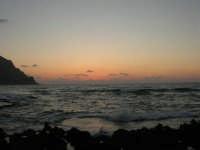 rapiti da un tramonto sul Golfo del Cofano (19) - 2 settembre 2007   - San vito lo capo (800 clic)