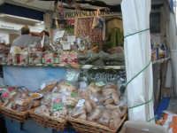Cous Cous Fest 2007 - Expo Village - itinerario alla scoperta dell'artigianato, del turismo, dell'agroalimentare siciliano e dei Paesi del Mediterraneo - FestCalabriainGola: prodotti tipici calabresi - 28 settembre 2007       - San vito lo capo (741 clic)