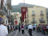 2° Corteo Storico di Santa Rita - Stendardieri di Petralia La Suprana - 17 maggio 2008   - Castellammare del golfo (558 clic)