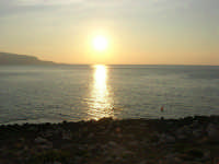 Golfo di Bonagia - tramonto - 12 ottobre 2008  - Cornino (819 clic)