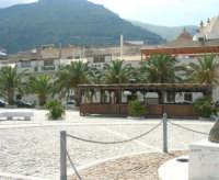 piazza Petrolo - Hotel Al Madarig - 7 maggio 2006  - Castellammare del golfo (971 clic)