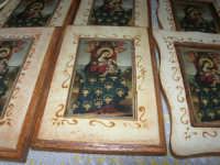 esposizione di oggetti dell'artigianato locale nei pressi del Presepe Vivente di Custonaci nella grotta preistorica di Scurati (grotta Mangiapane) (6) - 26 dicembre 2007   - Custonaci (1848 clic)