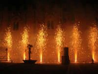 Festeggiamenti Maria SS. dei Miracoli - La Festa del Paradiso - L'Assalto al Castello - Piazza Castello - 20 giugno 2008   - Alcamo (575 clic)