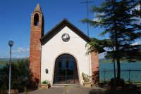 Chiesetta sul Lago Arancio - 25 aprile 2008   - Sambuca di sicilia (1692 clic)