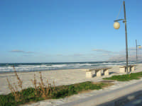 zona Battigia: il mare d'inverno - 4 febbraio 2007  - Alcamo marina (883 clic)