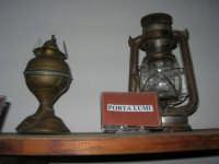 Museo etno-antropologico presso l'Istituto Comprensivo A. Manzoni (19)- 20 dicembre 2007  - Buseto palizzolo (805 clic)