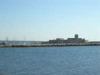 vista dalla Torre di Ligny verso il porto: Lazzaretto - 28 settembre 2008   - Trapani (932 clic)
