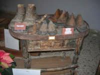 Museo etno-antropologico presso l'Istituto Comprensivo A. Manzoni (21)- 20 dicembre 2007  - Buseto palizzolo (1167 clic)