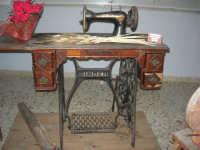 Museo etno-antropologico presso l'Istituto Comprensivo A. Manzoni (23)- 20 dicembre 2007  - Buseto palizzolo (896 clic)