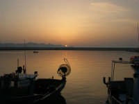 tramonto al porto - 12 luglio 2008   - Balestrate (1210 clic)