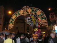 Festa in onore di San Giuseppe Lavoratore - illuminazione in via Monte Bonifato - 1 maggio 2009  - Alcamo (3024 clic)