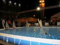 America's Cup Park sul lungomare: modellini telecomandati - 1 ottobre 2005   - Trapani (2732 clic)