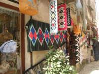 tappeti - 1 maggio 2008   - Erice (1132 clic)
