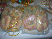 Cene di San Giuseppe - prodotti tipici gastronomici: biscotti taralli - 15 marzo 2009   - Salemi (3320 clic)