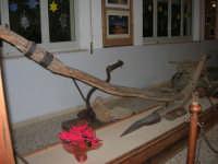 Museo etno-antropologico presso l'Istituto Comprensivo A. Manzoni (31)- 20 dicembre 2007  - Buseto palizzolo (885 clic)