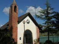 Chiesetta sul Lago Arancio - 25 aprile 2008   - Sambuca di sicilia (2023 clic)