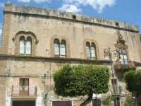 visita alla città - Palazzo Arone - 25 aprile 2008   - Sciacca (1027 clic)