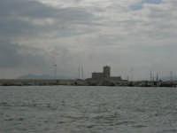Nuvole sul porto - 32nd America's Cup - 2 ottobre 2005   - Trapani (1889 clic)