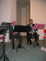 presso il Centro Congressi Marconi, il Concerto del Quintetto Caravaglios (i maestri: Michele Lentini al flauto e Francesco Triolo al clarinetto) (23) - 28 dicembre 2007   - Alcamo (1167 clic)