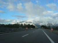 Autostrada A29 Palermo-Mazara - monti di Castellammare innevati - 14 febbraio 2009  - Alcamo (2074 clic)
